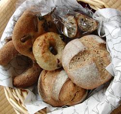 滋賀のパン屋 石窯パン ボンリジェール 住所