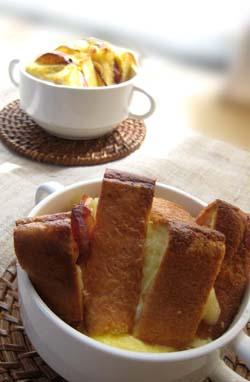ベーコンとチーズのパンプディング