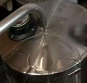 圧力鍋 急冷